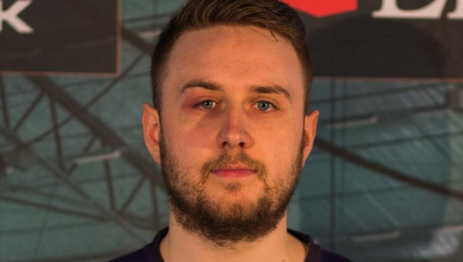 Pro Player Inglese Bannato Per Uso di Cheat